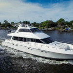 80 Lazzara For Charter