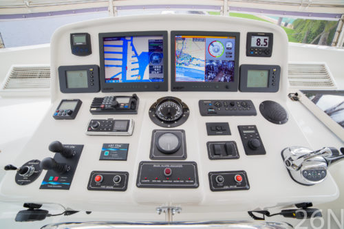 86 foot outer reef console