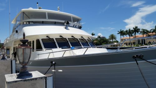 Outer reef 86ft motor yacht