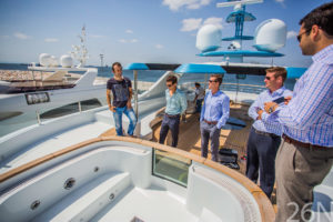 role of yacht broker