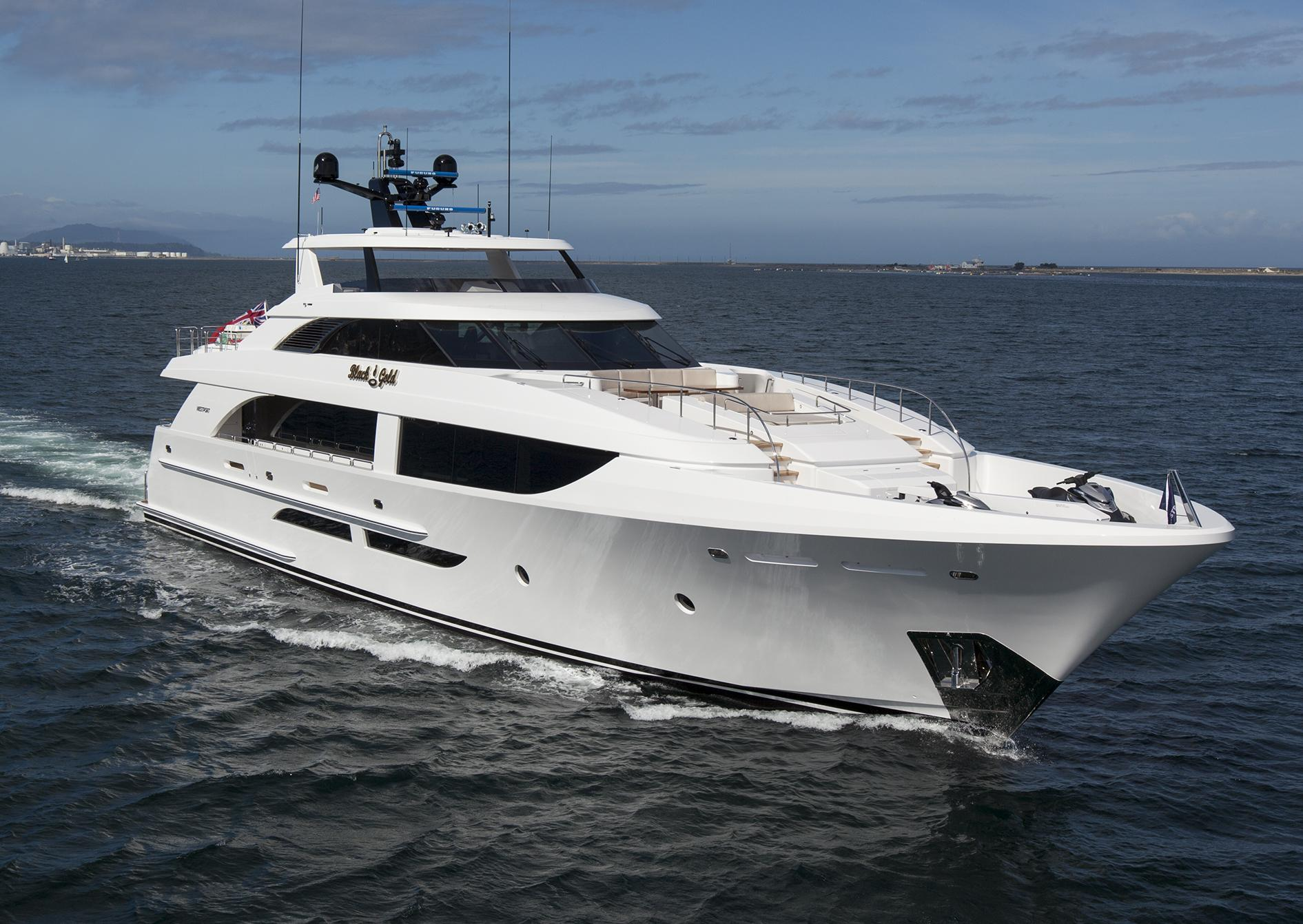 The Next Generation In Luxury Cruisers The Westport 125