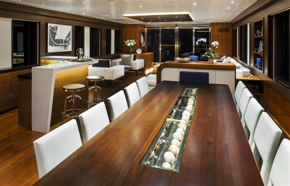 137 39 troy marine yachts expedition yacht 26 north yachts. Black Bedroom Furniture Sets. Home Design Ideas