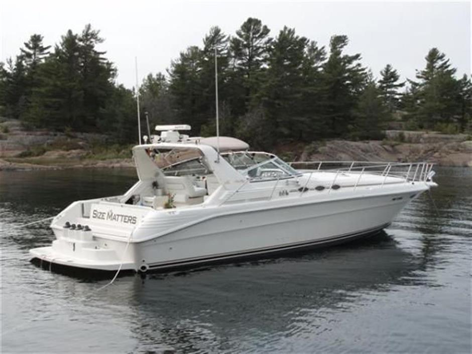 40 U0026 39  Sea Ray Yachts 400 Express Cruiser